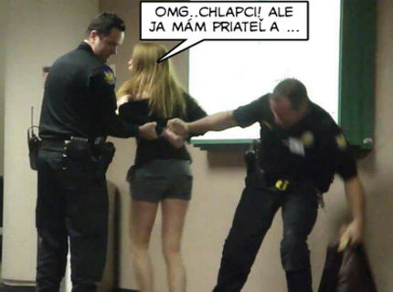 Ked blondinku zatikaju policajti :D