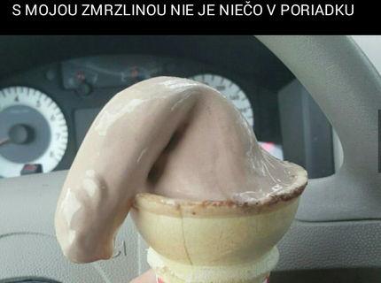 S mojou zmrzlinou je niečo zle :D