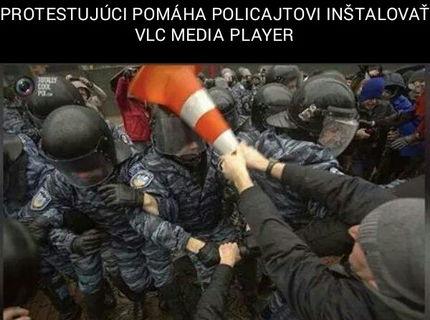 Ako inštalovať VLC player policajtovi :D